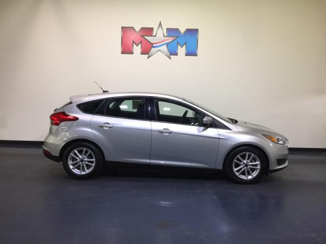 Pre Owned 2017 Ford Focus Se Hatch