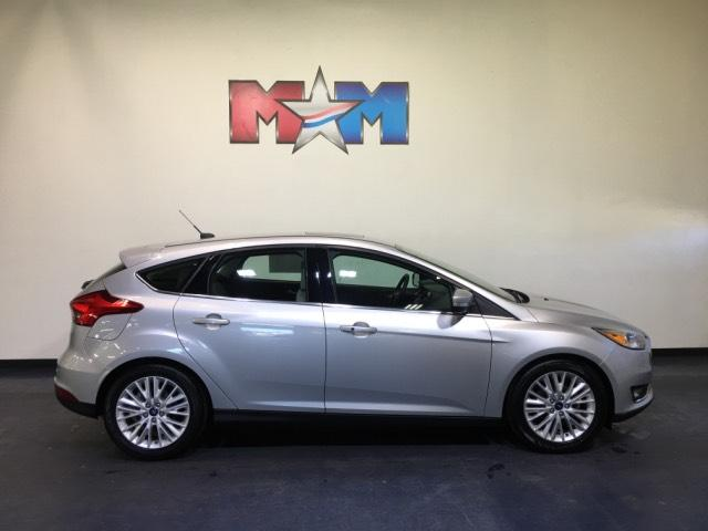 Pre-Owned 2018 Ford Focus Titanium Hatch FWD