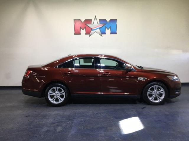 Pre-Owned 2015 Ford Taurus 4dr Sdn SEL FWD  4dr Car