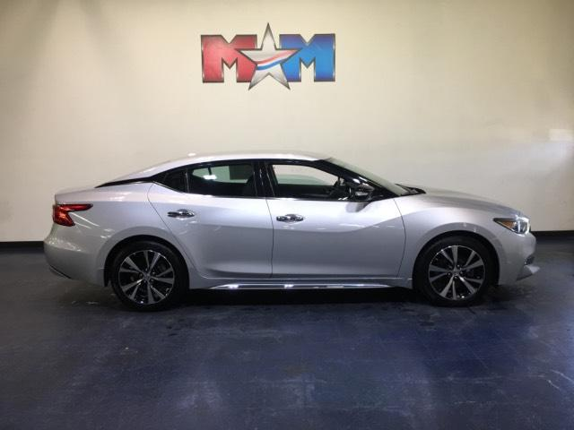 Pre Owned 2017 Nissan Maxima Sv 3 5l