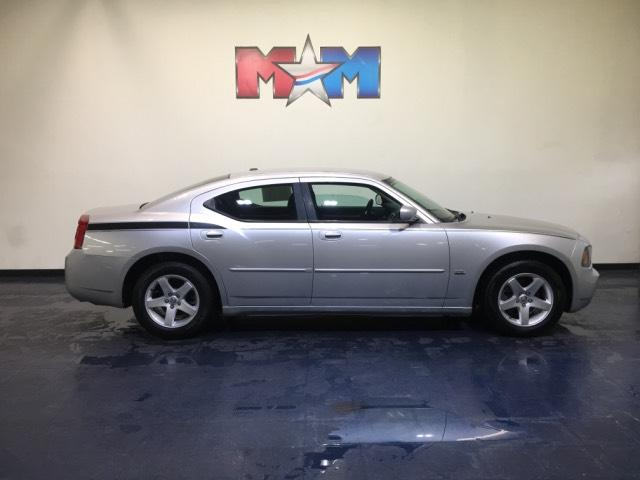 Pre Owned 2010 Dodge Charger 4dr Sdn Sxt Rwd
