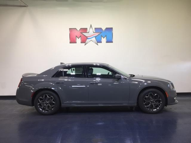 New 2018 Chrysler 300 300S AWD With Navigation