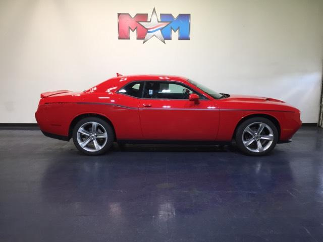 New 2018 Dodge Challenger SXT RWD With Navigation