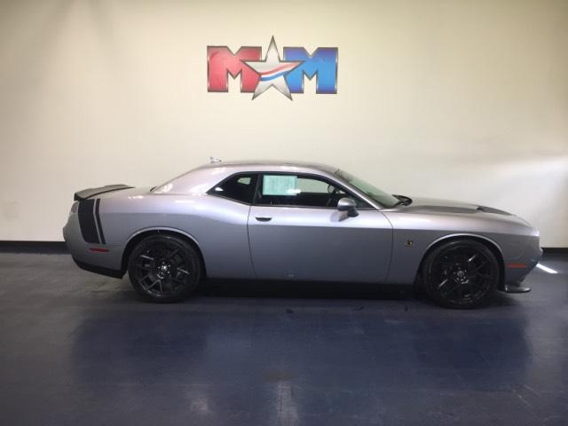 Pre-Owned 2015 Dodge Challenger 2dr Cpe R/T Scat Pack With Navigation