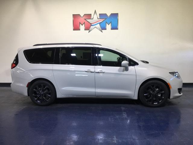 New 2019 Chrysler Pacifica Touring L Plus 35th Anniversary FWD