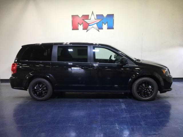New 2019 Dodge Grand Caravan SXT Wagon FWD Mini-van, Passenger