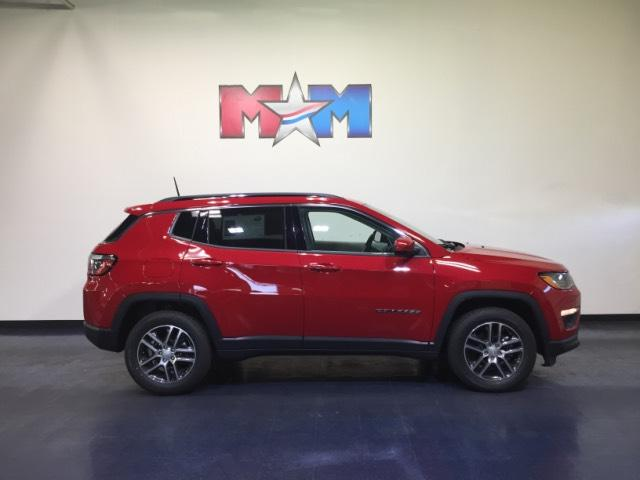 New 2018 Jeep Compass Latitude FWD FWD Sport Utility