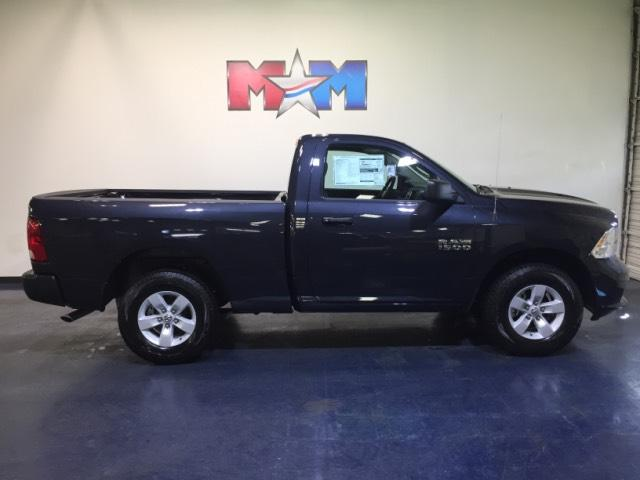 New 2018 Ram 1500 Express 4x4 Regular Cab 6'4 Box