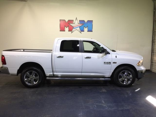 Pre-Owned 2016 Ram 1500 4WD Crew Cab 140.5 Big Horn 4WD