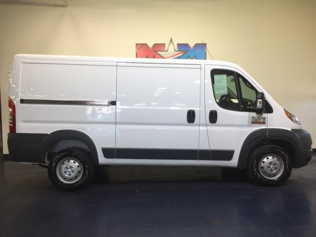 Pre-Owned 2017 Ram ProMaster 1500 Low Roof 136 WB FWD Full-size Cargo Van