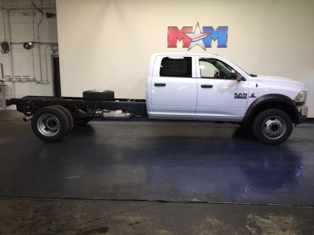 New 2018 Ram 4500 Chassis Cab Tradesman 4x4 Crew Cab 84 CA 197.4 4WD