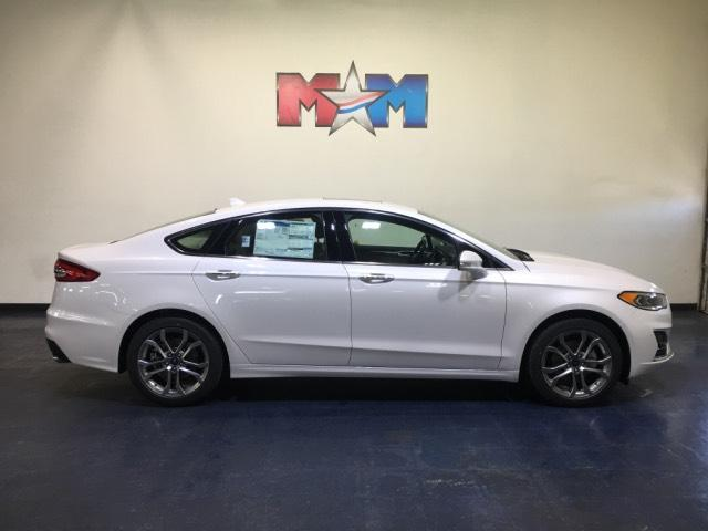 New 2019 Ford Fusion SEL FWD