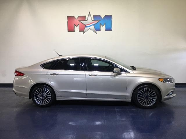 Pre-Owned 2017 Ford Fusion SE FWD
