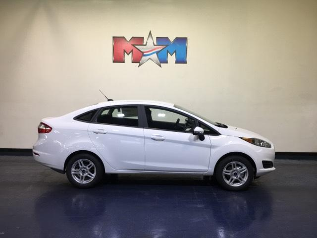 New 2019 Ford Fiesta SE Sedan