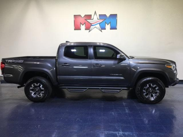 Pre-Owned 2019 Toyota Tacoma 4WD TRD Off Road Double Cab 5' Bed V6 A