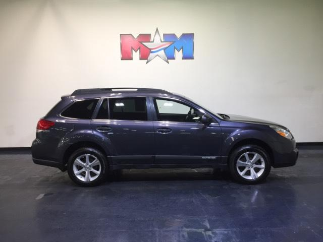 Pre-Owned 2014 Subaru Outback 4dr Wgn H6 Auto 3.6R Limited AWD