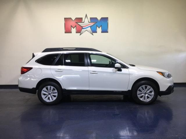 Certified Pre-Owned 2017 Subaru Outback 2.5i Premium AWD