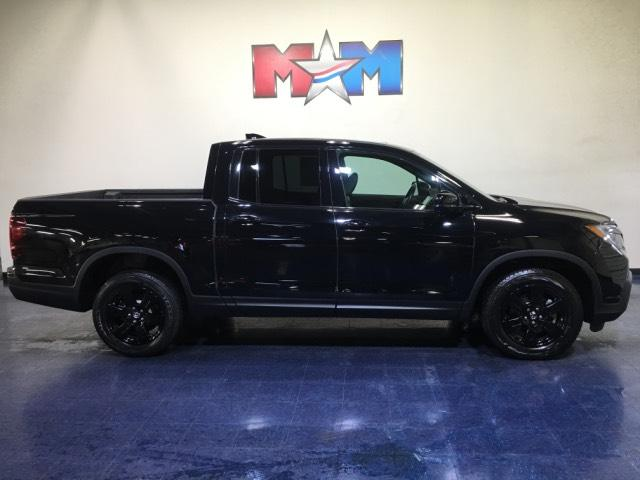 Pre-Owned 2017 Honda Ridgeline Black Edition 4x4 Crew Cab 5.3' Bed