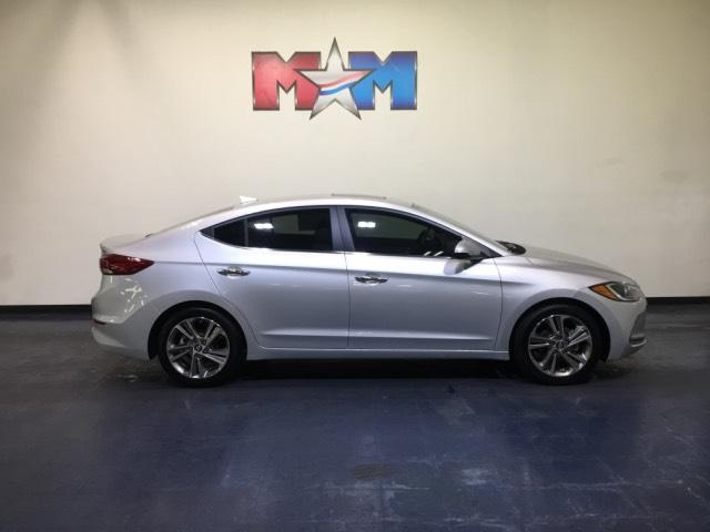 Pre Owned 2017 Hyundai Elantra 4dr Sdn Auto Limited 4dr Car In