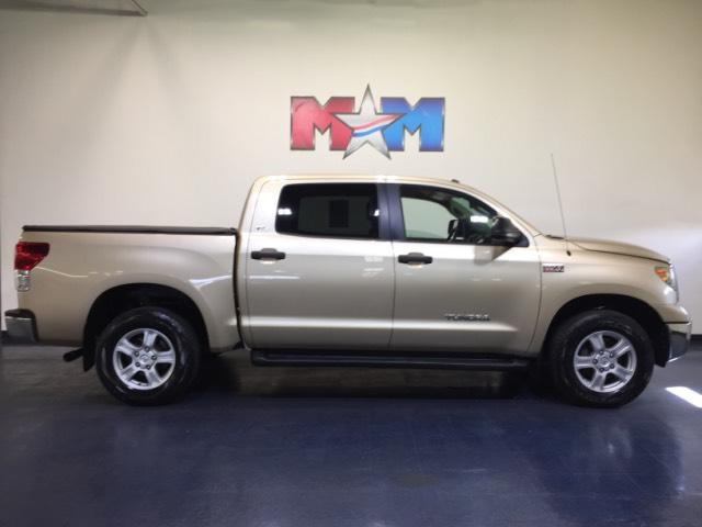 Pre Owned 2010 Toyota Tundra 4wd Crewmax 57l V8 6 Spd At Crew Cab