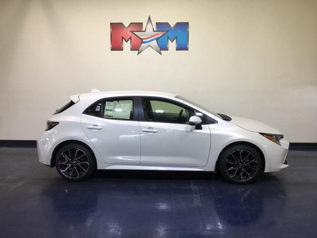 New 2019 Toyota Corolla Hatchback XSE Manual FWD