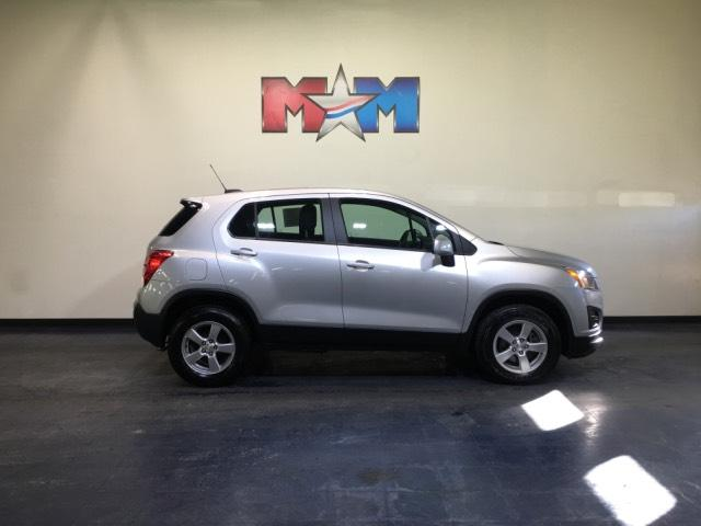 Pre Owned 2016 Chevrolet Trax Awd 4dr Ls W 1ls