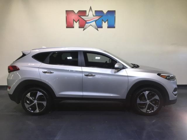 Pre Owned 2016 Hyundai Tucson Fwd 4dr Limited