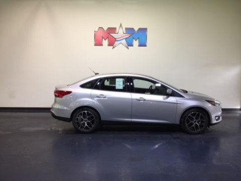 New 2018 Ford Focus SE Sedan
