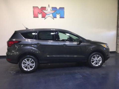 New 2019 Ford Escape SE 4WD