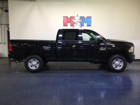 New 2018 Ram 3500 Tradesman 4x4 Crew Cab 6'4 Box