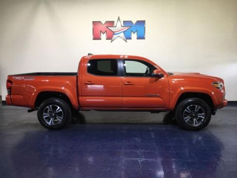Pre-Owned 2016 Toyota Tacoma 4WD Double Cab V6 AT TRD Sport
