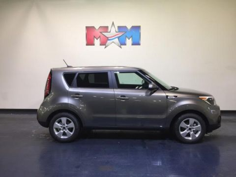 New 2019 Kia Soul Base Auto